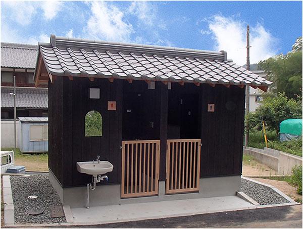 神社トイレ